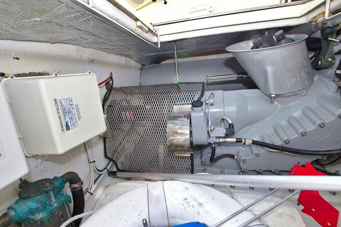 2002 HINCKLEY Talaria 44 FB Motor Yacht 2465356