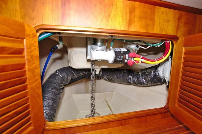 2002 HINCKLEY Talaria 44 FB Motor Yacht 2465358