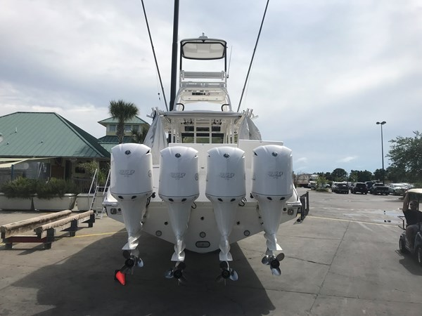 Grid Connection Everglades 2016 CC Engines 2016 EVERGLADES 43 Center Console Center Console 2466261