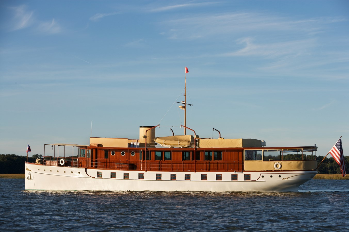 FREEDOM Today 1926 TRUMPY Mathis Fantail (Fractional Opportunity) Motor Yacht 2467402