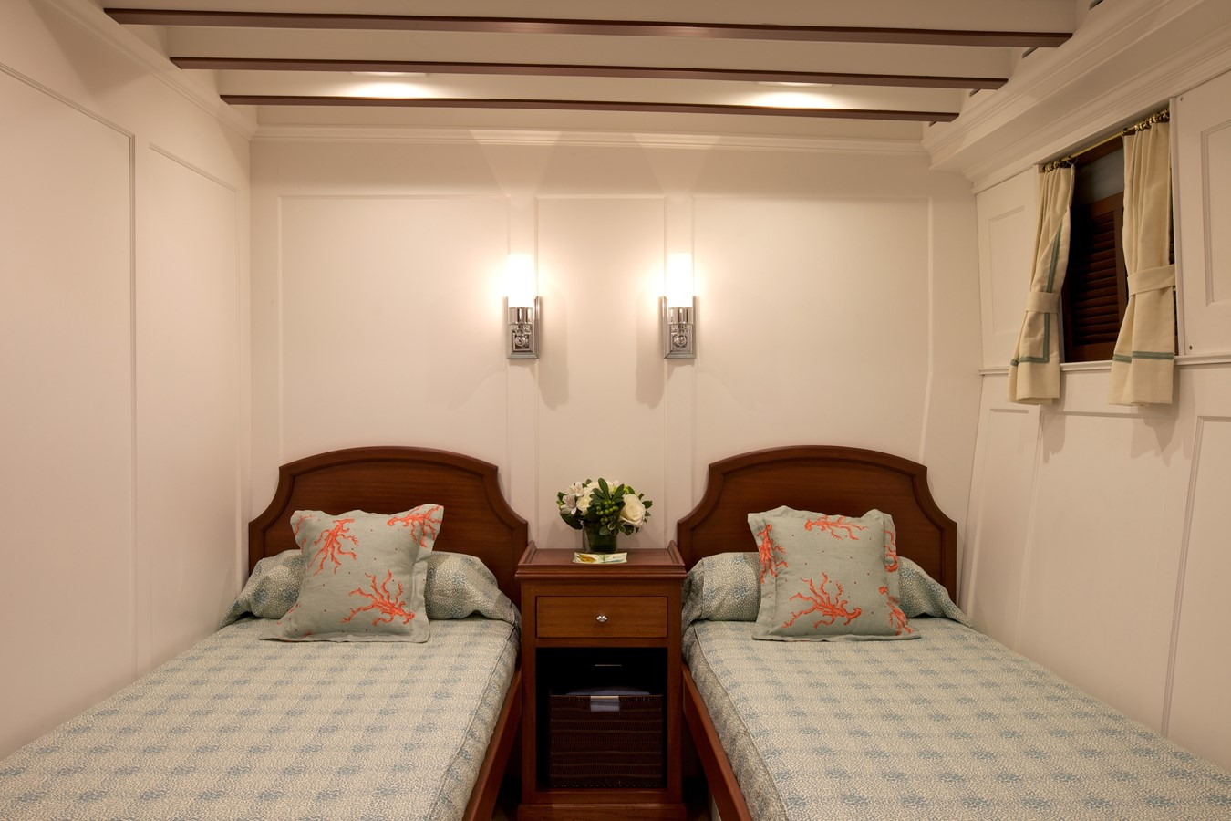 Twin Stateroom  1926 TRUMPY Mathis Fantail (Fractional Opportunity) Motor Yacht 2467422