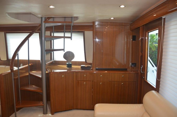 Salon 2007 VIKING Enclosed Bridge Sport Fisherman 2469422