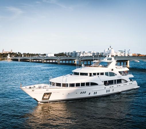 2010 BENETTI Vision Motor Yacht 2504161