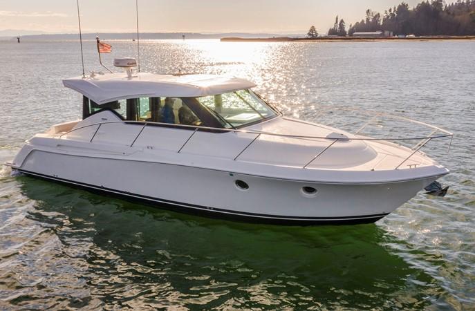 2016 TIARA Coupe Motor Yacht 2478923