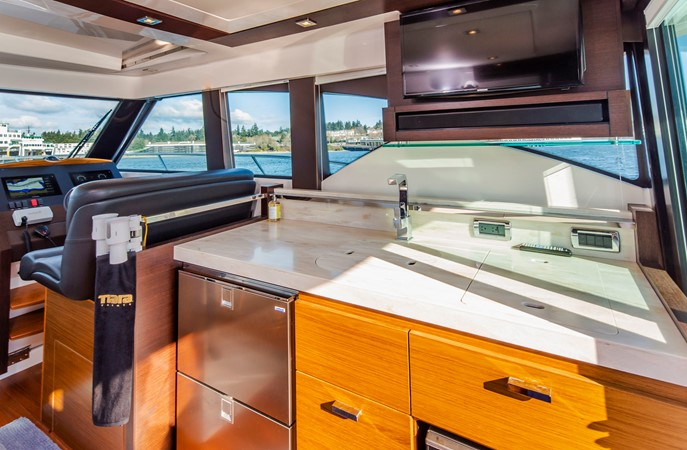2016 TIARA Coupe Motor Yacht 2478931