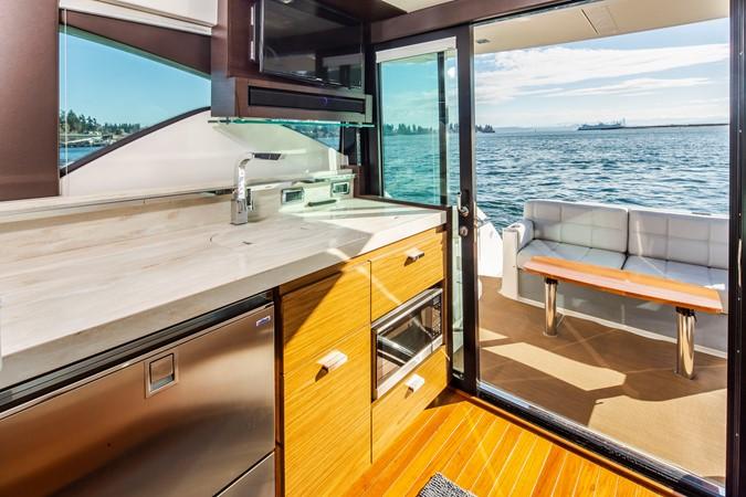 2016 TIARA Coupe Motor Yacht 2478933