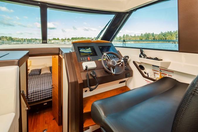 2016 TIARA Coupe Motor Yacht 2478935