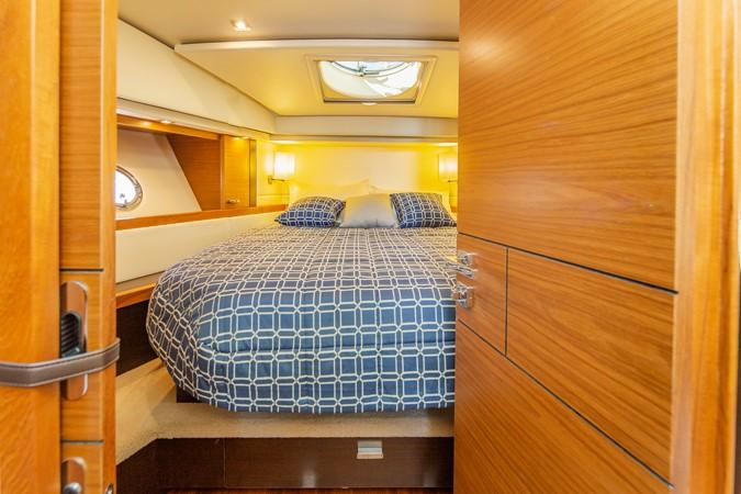 2016 TIARA Coupe Motor Yacht 2478939