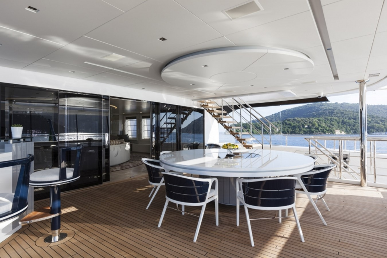 2016 ADMIRAL  Motor Yacht 2473889