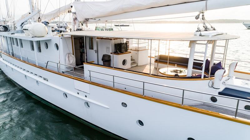 1983 PALMER JOHNSON Tri-Masted Staysail Cruising Sailboat 2475363