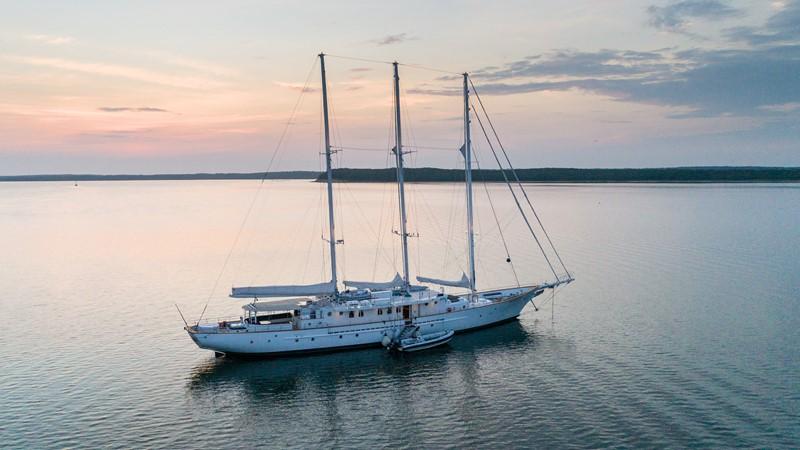 1983 PALMER JOHNSON Tri-Masted Staysail Cruising Sailboat 2475378