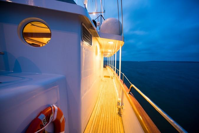1983 PALMER JOHNSON Tri-Masted Staysail Cruising Sailboat 2475397