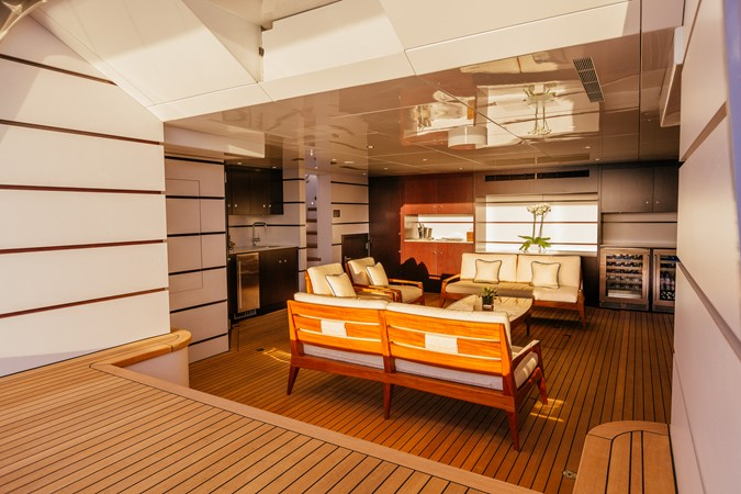 2001 DELTA  Motor Yacht 2475305