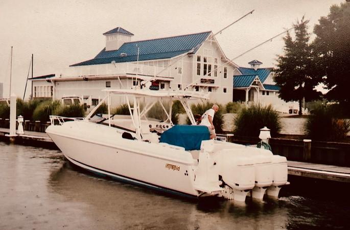 2004 INTREPID 377 Sport Fisherman 2475469