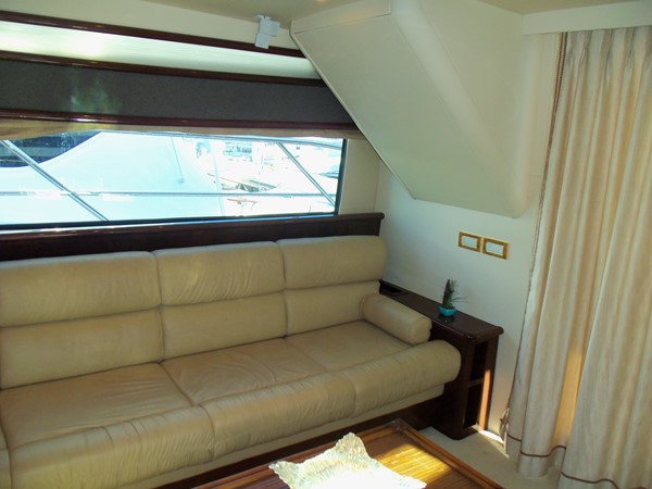 Salon Settee 2008 NEPTUNUS Flybridge Motoryacht Cruiser 2498047