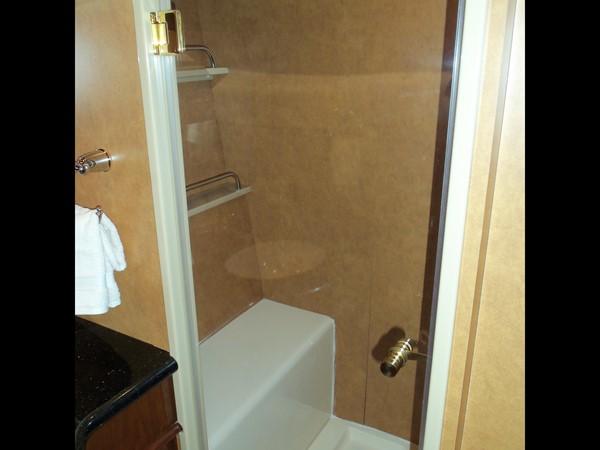 Master Shower 2008 NEPTUNUS Flybridge Motoryacht Cruiser 2498069