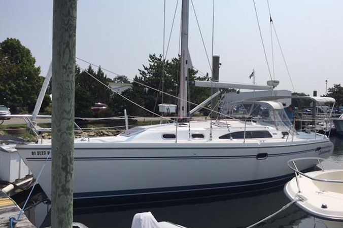 2008 CATALINA 350 MkII Cruising/Racing Sailboat 2476485