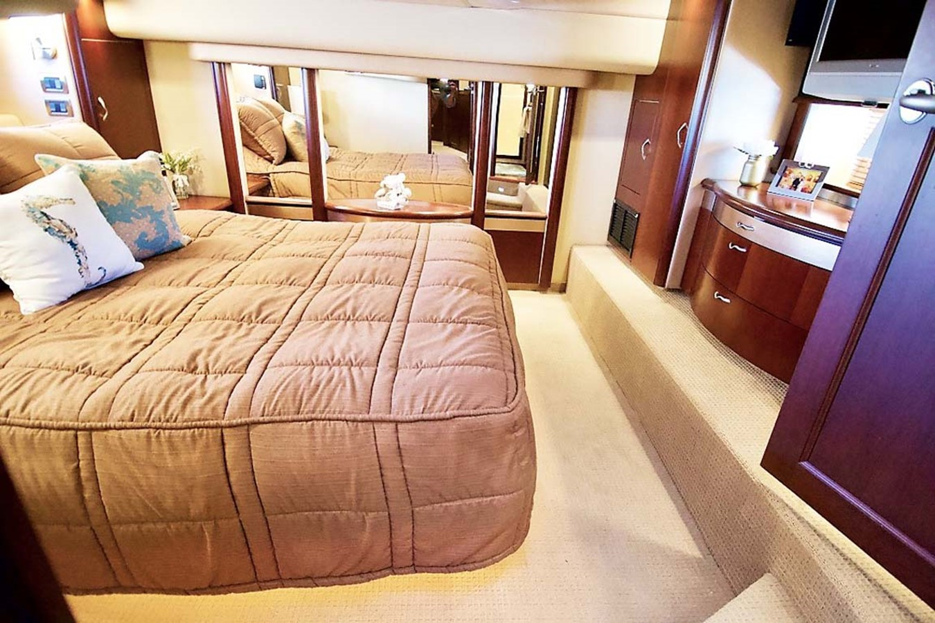 2006 SEA RAY Sedan Bridge Motor Yacht 2476843