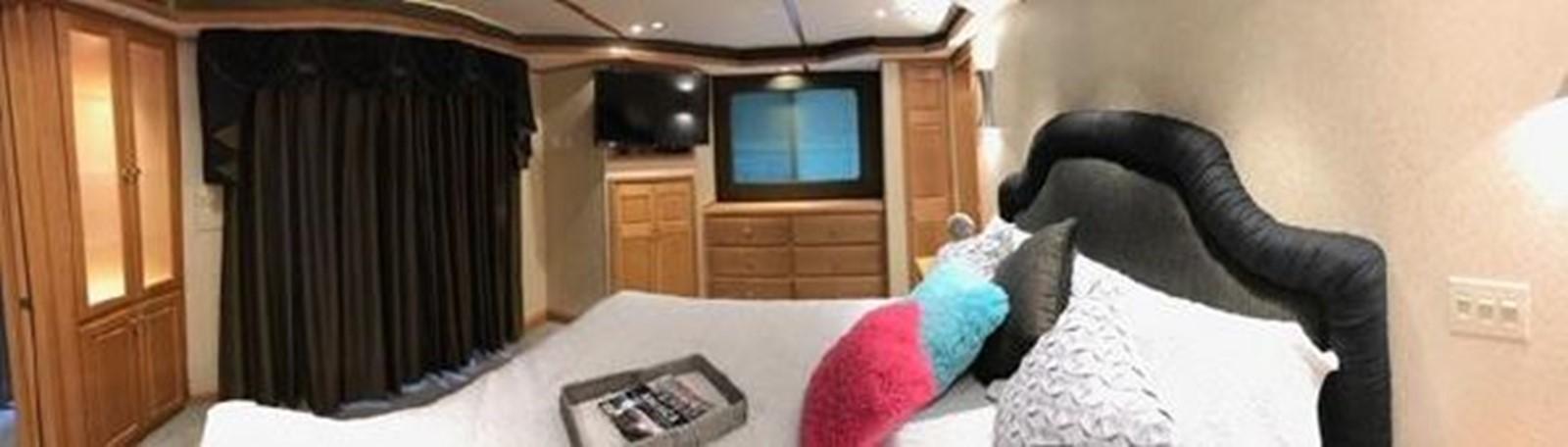 2003 FANTASY YACHTS  Houseboat 2476967