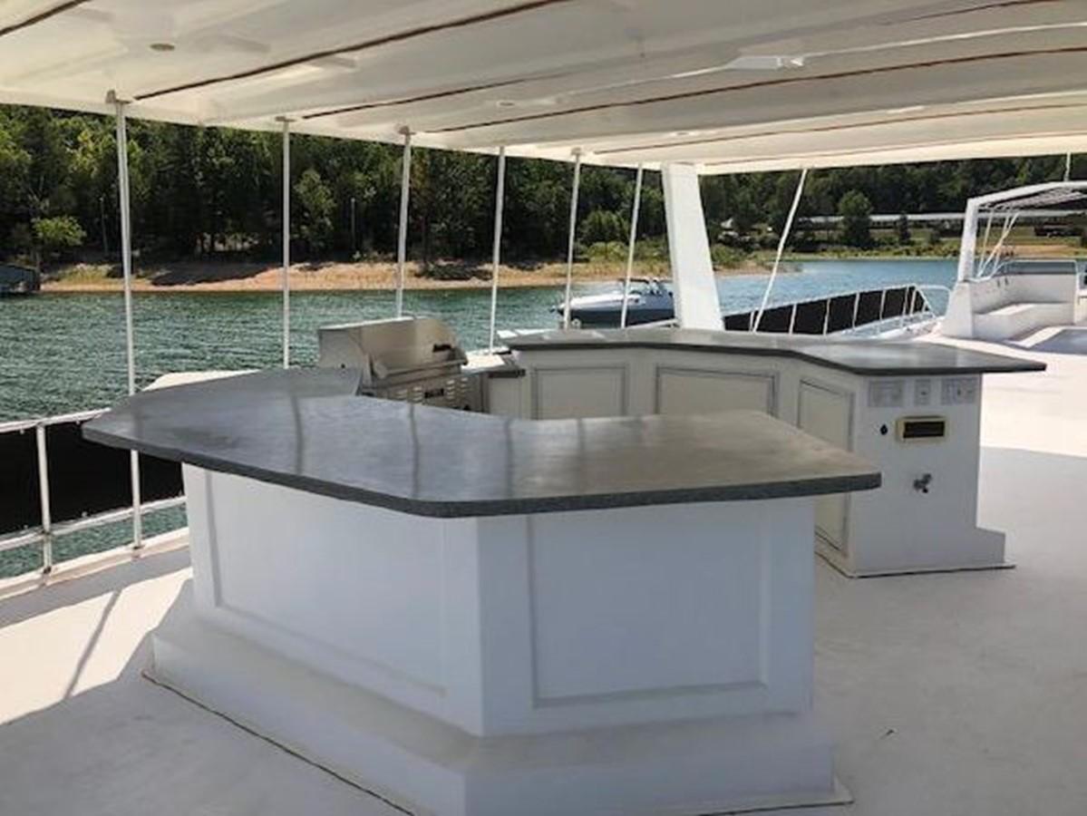 2003 FANTASY YACHTS  Houseboat 2476970