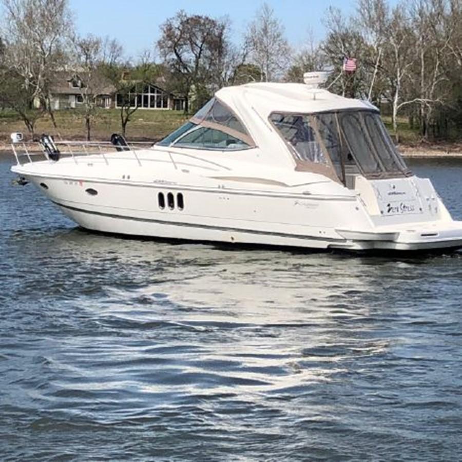 2006 CRUISERS YACHTS  Cruiser 2477462