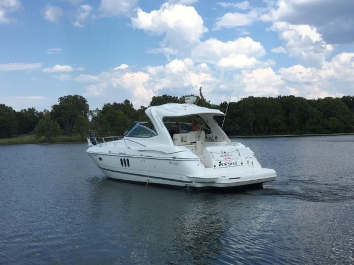 2006 CRUISERS YACHTS  Cruiser 2477481