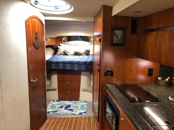 2006 Cruisers Yachts  Cruiser 2477470