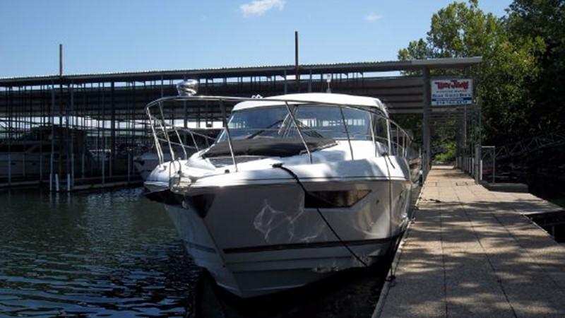 2015 Cruisers Yachts  Motor Yacht 2477769