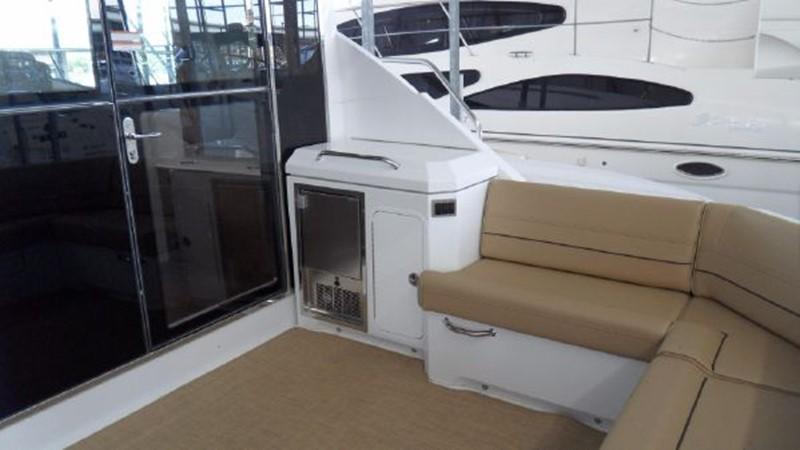 2015 Cruisers Yachts  Motor Yacht 2477774