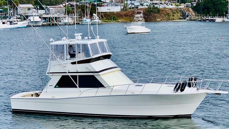 1990 VIKING 45 Convertible Motor Yacht 2698630