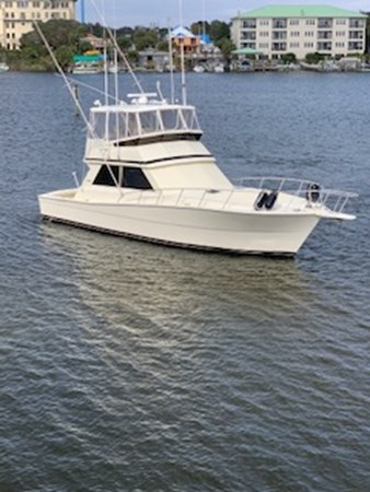 1990 45 Viking - Profile (1) 1990 VIKING 45 Convertible Motor Yacht 2698719