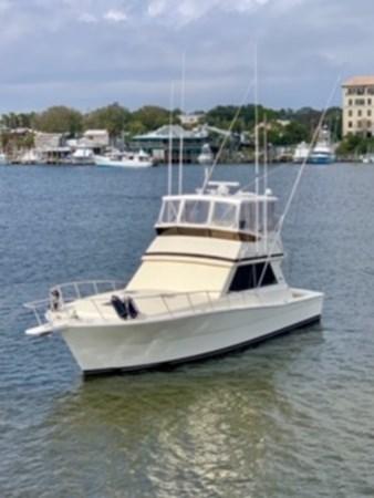 1990 45 Viking - Profile (2) 1990 VIKING 45 Convertible Motor Yacht 2698721