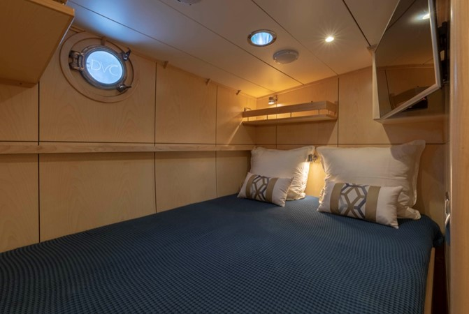 Guest/Crew Cabin in Double Bed Configuration 1957 FEADSHIP  Vintage 2499070