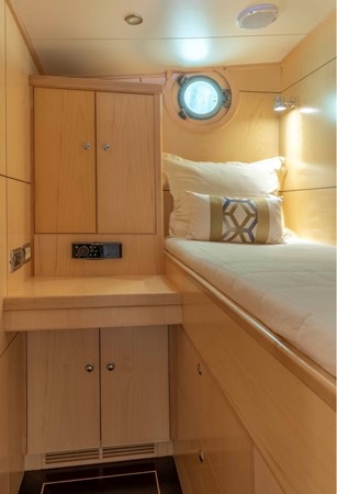 Crew Single Cabin 1957 FEADSHIP  Vintage 2499074