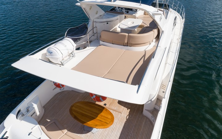 2007 AZIMUT 680 Exvolution Cruiser 2490610
