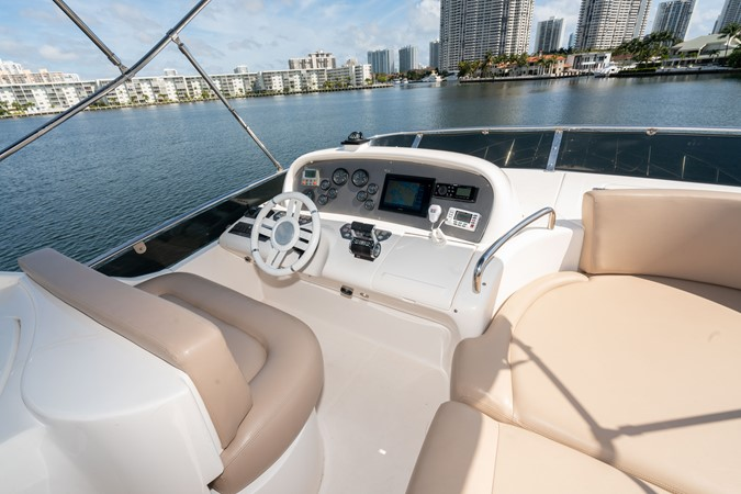 2007 AZIMUT 680 Exvolution Cruiser 2490629