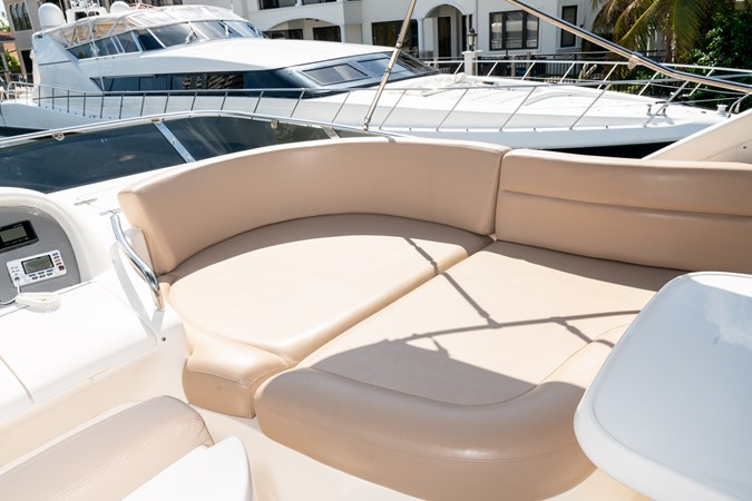 2007 AZIMUT 680 Exvolution Cruiser 2490632