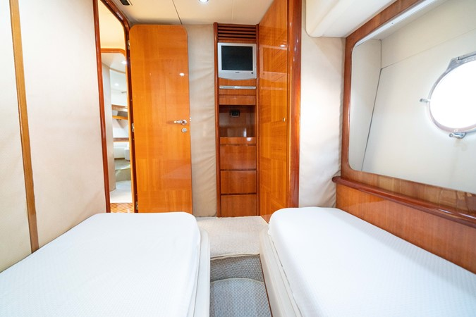 2007 AZIMUT 680 Exvolution Cruiser 2490642