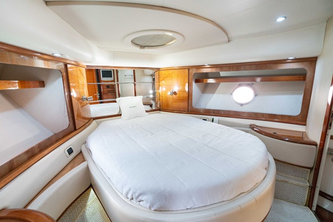 2007 AZIMUT 680 Exvolution Cruiser 2490645