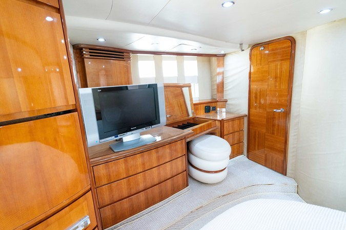 2007 AZIMUT 680 Exvolution Cruiser 2490652