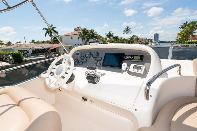 2007 AZIMUT 680 Exvolution Cruiser 2490658