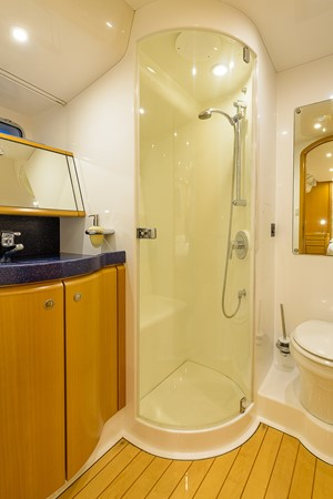 Owner's En-suite Head and Shower 2000 KELLY ARCHER Van de Stadt Cruising Sailboat Cruising Sailboat 2481190