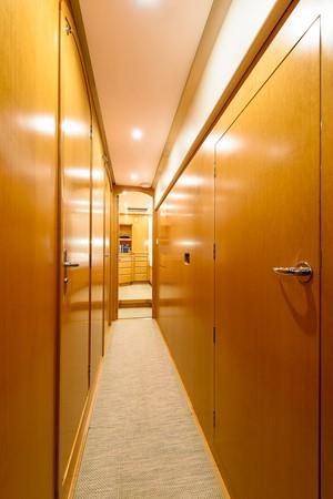 Passageway to Cabins 2000 KELLY ARCHER Van de Stadt Cruising Sailboat Cruising Sailboat 2481191