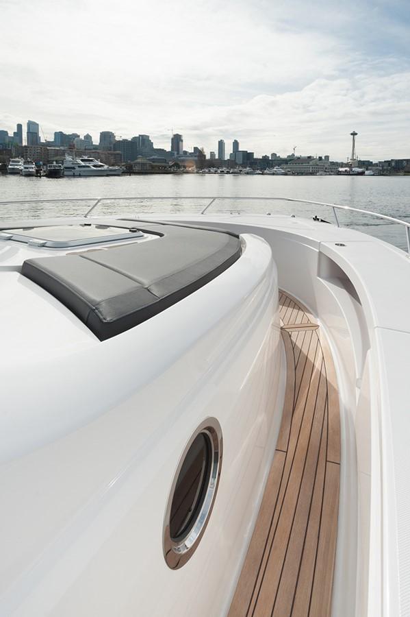 Forward Walkways 2016 TIARA Q44 Motor Yacht 2532645