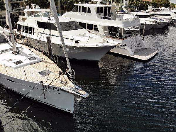 2016 BENETEAU Oceanis 60 Cruising Sailboat 2482453