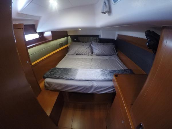 2016 BENETEAU Oceanis 60 Cruising Sailboat 2482474