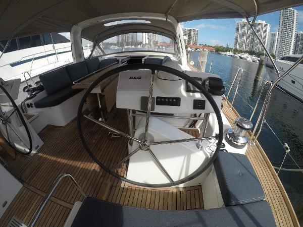 2016 BENETEAU Oceanis 60 Cruising Sailboat 2482489