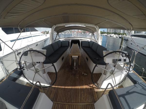 2016 BENETEAU Oceanis 60 Cruising Sailboat 2482490