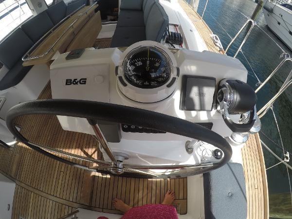 2016 BENETEAU Oceanis 60 Cruising Sailboat 2482492