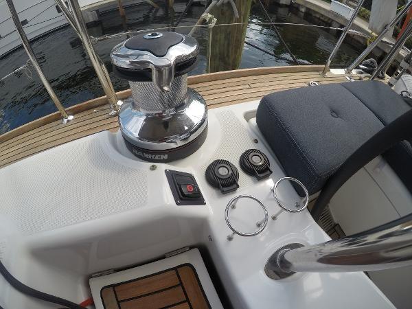 2016 BENETEAU Oceanis 60 Cruising Sailboat 2482494
